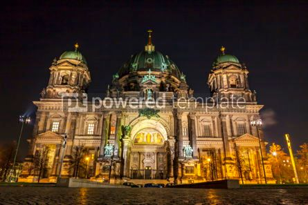 Architecture : Berlin Cathedral (Berliner Dom) at night Germany #07748