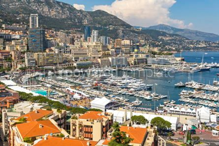 Architecture : Luxury yachts and apartments in harbor of Monte Carlo Monaco #07845