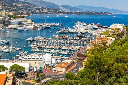 Architecture : Luxury yachts in harbor of Monte Carlo Monaco #07846