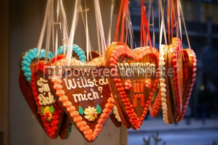 Holidays: Handmade gingerbread heart cookies - traditional Christmas gift #09251