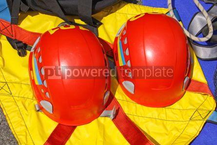 Industrial: Rescueres's protective helmets #09357