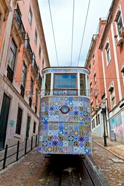 Transportation: The Gloria Funicular (Ascensor da Gloria) in Lisbon Portugal #12358