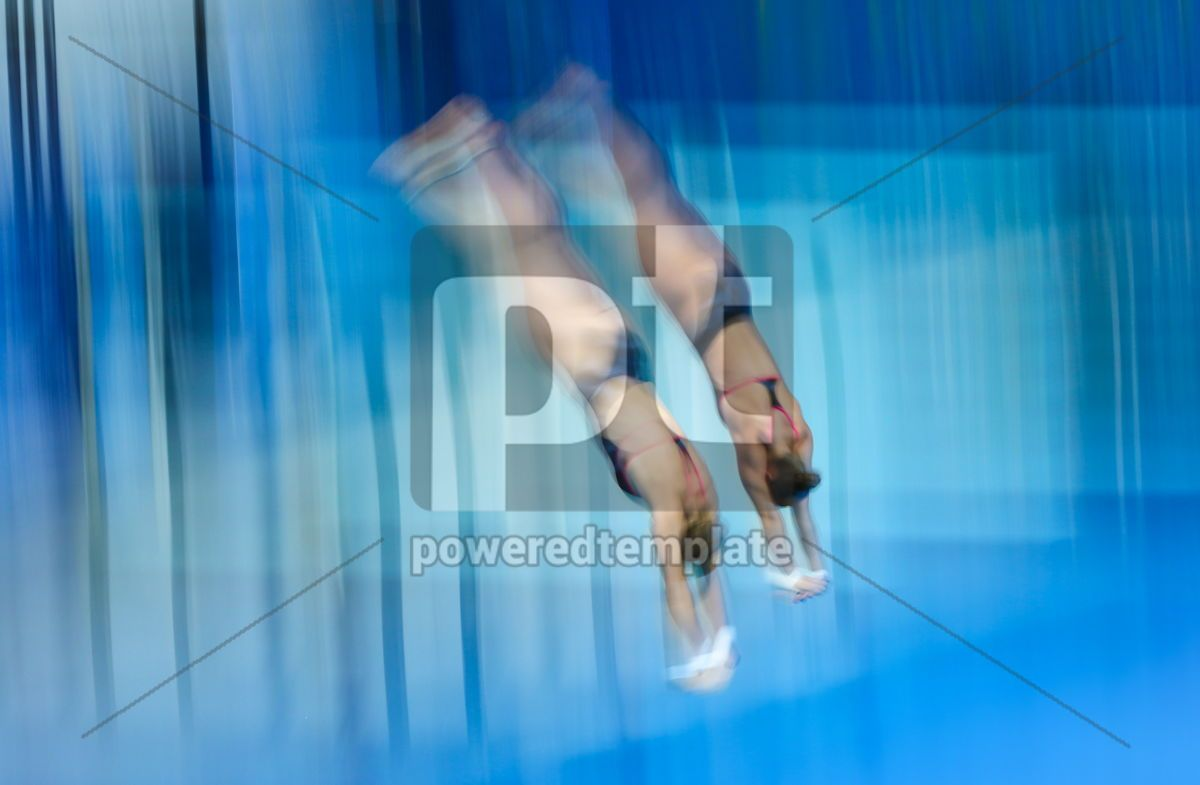 Synchro divers jump into water from the platform, 12462, People — PoweredTemplate.com