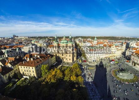 Architecture : St Nicholas Church and Staromestske namesti in Prague Czechia #13324