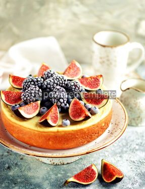 Food & Drink: Homemade delicious cheese cake with fresh figs and frozen blueberries #13535