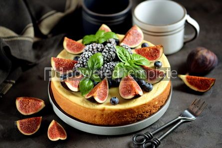 Food & Drink: Homemade delicious cheese cake with fresh figs and frozen blueberries #13540