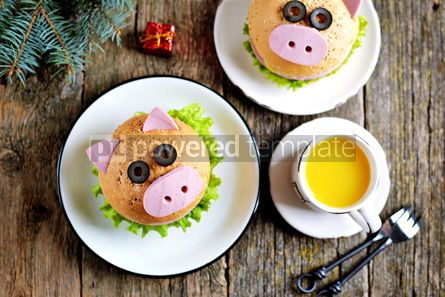 Food & Drink: Sandwich with ham cheese and lettuce in the form of cute pig Children's breakfast #13617