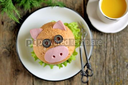 Food & Drink: Sandwich with ham cheese and lettuce in the form of cute pig Children's breakfast #13620