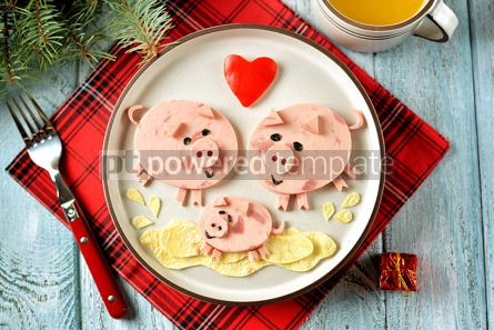 Food & Drink: Cute family of pigs food art idea for children's breakfast Top view #13641