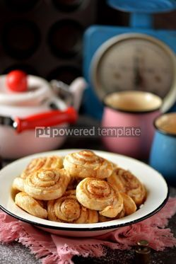Food & Drink: Delicious homemade puff pastry cookies with sugar and cinnamon #13719