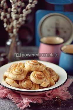 Food & Drink: Delicious homemade puff pastry cookies with sugar and cinnamon #13720