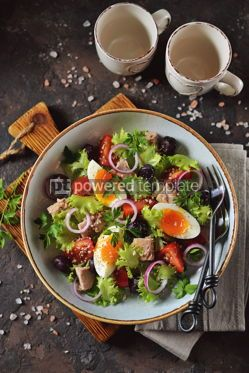 Food & Drink: Healthy organic lettuce salad with canned tuna #13750