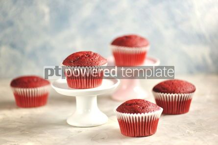 Food & Drink: Classic Red velvet cupcakes #13780