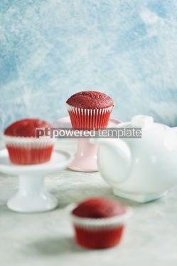 Food & Drink: Classic Red velvet cupcakes #13782