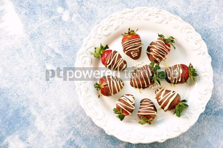 Food & Drink: Delicious fresh strawberries in milk and white chocolate #14120