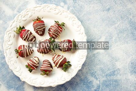 Food & Drink: Delicious fresh strawberries in milk and white chocolate #14121