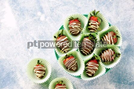 Food & Drink: Delicious fresh strawberries in milk and white chocolate #14122