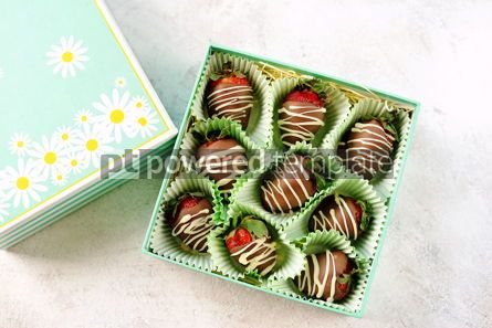 Food & Drink: Delicious fresh strawberries in milk and white chocolate #14123
