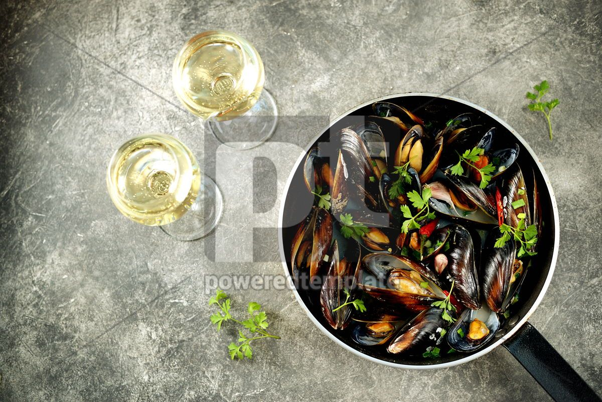 Fresh wild mussels in shells with green onions garlic parsley chili pepper white wine and olive, 14243, Food & Drink — PoweredTemplate.com