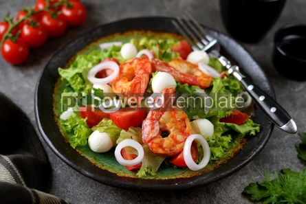 Food & Drink: Salad with fried langoustines with mozzarella cherry tomatoes red onion lettuce and olive oil #14564