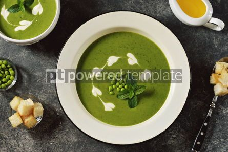Food & Drink: Creamy green pea soup with fresh mint Healthly food #14912