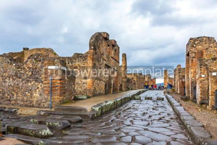 Architecture : Ancient Roman city of Pompei Italy #15348