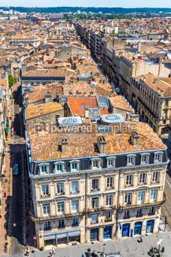 Architecture : Aerial view of Bordeaux old town France #15510