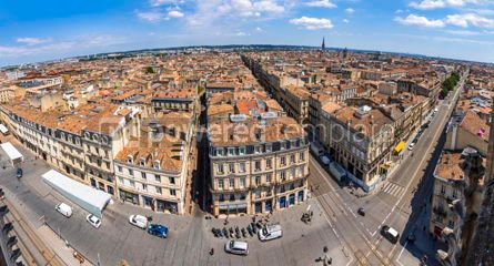 Architecture : Panoramic aerial view of Bordeaux old town France #15513