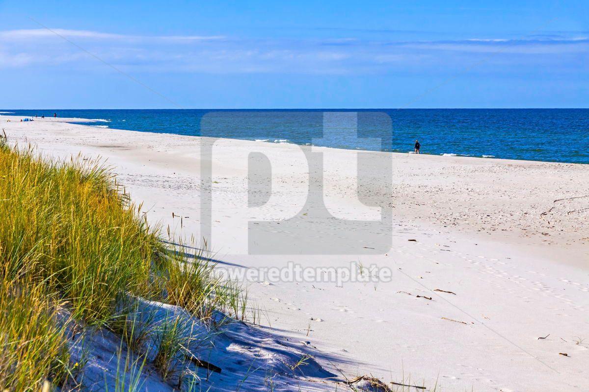 Beautiful sandy beach on Hel Peninsula Baltic sea Poland, 15515, Nature — PoweredTemplate.com
