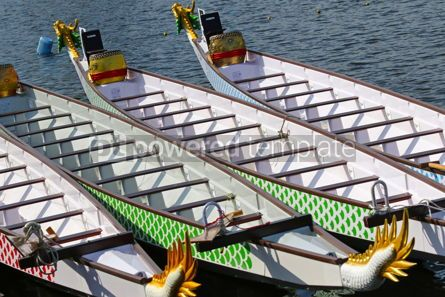 Sports : Dragon Boats on the water #16503