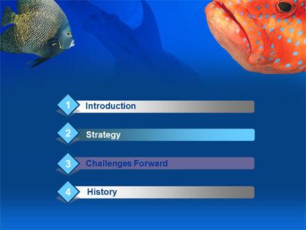 Fish In Aquarium PowerPoint Template Slide 3