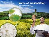 Technology and Science: 파워포인트 템플릿 - 필드 농업 경제학 #00359