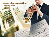 Art & Entertainment: Plantilla de PowerPoint - trompeta en una orquesta sinfónica #00743
