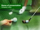 Sports: Plantilla de PowerPoint - pelota de golf golpeando #00886