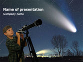 Education & Training: Modello PowerPoint - Giovane astronomo #01349