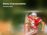Sports: American Footballer PowerPoint Template #02107