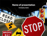 Education & Training: Verkeersbord PowerPoint Template #02198