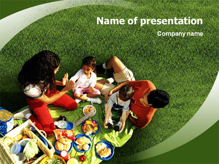 People: Family Picnic PowerPoint Template #02364