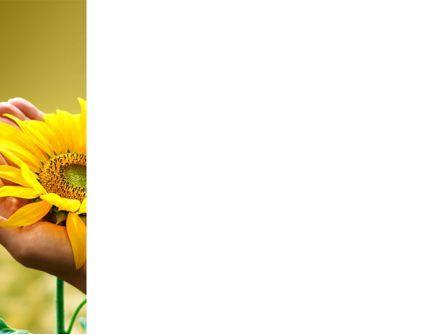 Summer Flower PowerPoint Template, Slide 3, 03501, Nature & Environment — PoweredTemplate.com