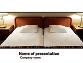 Careers/Industry: Modèle PowerPoint de chambre de motel #05357