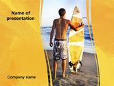 Sports: Surfer auf einem sonnenuntergang PowerPoint Vorlage #05678