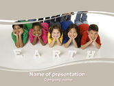 Education & Training: 파워포인트 템플릿 - 지구의 아이들 #06126