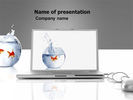 Business Concepts: Goldener fisch auf dem laptop PowerPoint Vorlage #06236