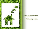 Real Estate: Modèle PowerPoint de idée de la maison verte #09640