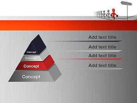 Teamleader PowerPoint Template Slide 12
