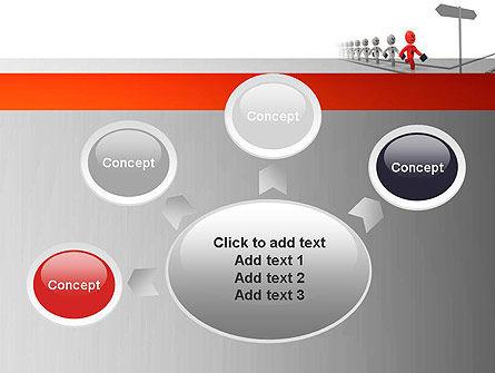 Teamleader PowerPoint Template Slide 7
