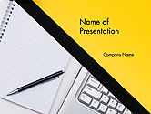 Business Concepts: Modèle PowerPoint de clavier et bloc-notes avec stylo #14314
