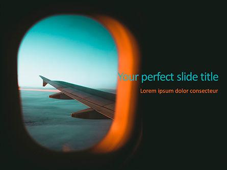 Cars and Transportation: 舷窓を通して飛行機の翼のビュー - PowerPointテンプレート #15710