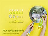 Food & Beverage: Modelo do PowerPoint - cozinhar em frigideira com azeite virgem #15843