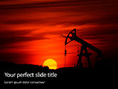 Utilities/Industrial: Modelo do PowerPoint - silhueta do campo petrolífero no por do sol #15849
